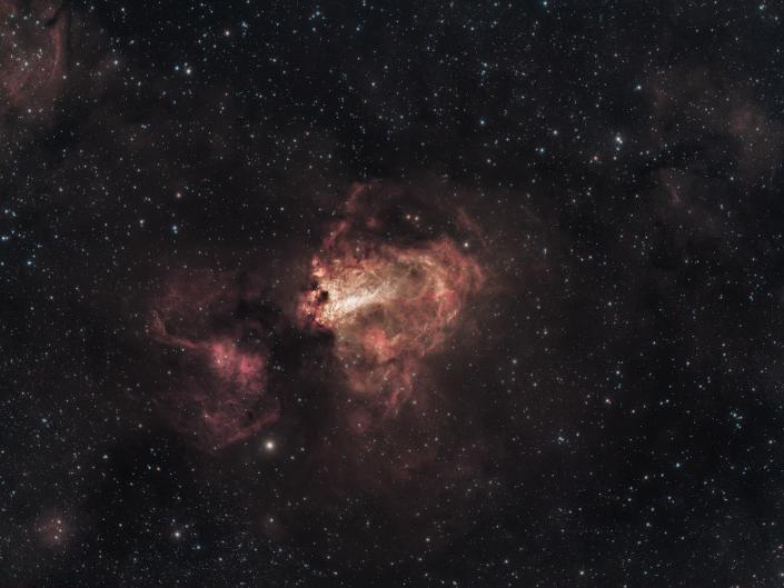 Prima luce per il nuovo Sharpstar 107 fornito da Artesky, un rifrattore F/6.5 da ben 700mm di lunghezza focale. Sharpstar 107 | ASI 294 | Optolong L-eNhance |Sky-Watcher AZEQ6-GT