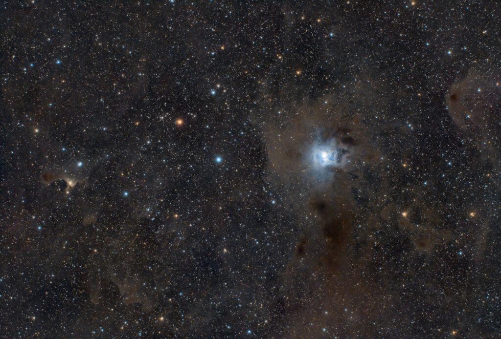 """Nebulosa Iris NGC 7023 e Ghost Nebula Sh2-136 o vdB 141 nebulosa riflessione emissione cefeo globulo di Bok L'Osservatorio Astronomico """"Piero Zambonini"""" a Febbio Artesky APO ED90"""